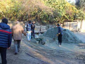 Yusufelinin Ahalt Mahallesinin Ara Yolları Betonlanıyor