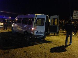 Sakaryada İki Ayrı Kaza: 2 Ölü, 13 Yaralı