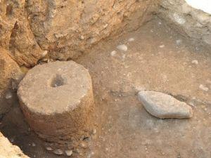 Kadirlide Roma Dönemine Ait Tarihi Hamam Kalıntıları ve Mozaikler Bulundu