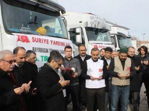 Türkmenlere 5 Tır Gıda Yardımı