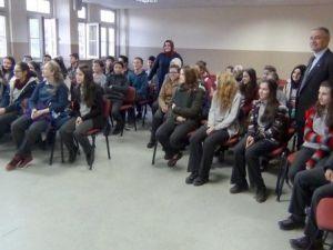 Simav Osman Bey Ortaokulunda Bağımlılık Semineri Verildi