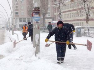 Ağrıda Yoğun Kar Yağışı