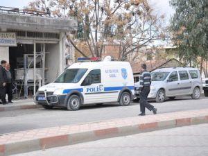 ESKİ Eşine Kızan Adam Kızını Öldürdü, Torununu Gözünden Vurdu