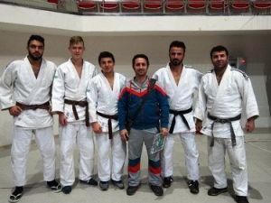 Sakarya Akdemirspor Judo Takımı Süper Ligin Kapısından Döndü