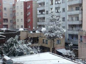 Cizreye 2 Yıl Sonra Kar Yağdı