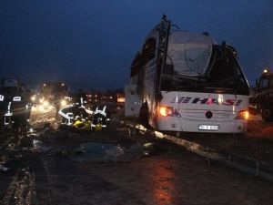 Konyada Feci Kaza: 6 Ölü, 24 Yaralı