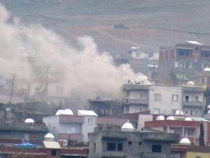 Asker Yafes Mahallesine Girdi, Barikatlar Kaldırılıyor