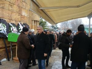 Kırşehirdeki Kazada Hayatını Kaybedenler Toprağa Verildi