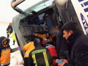 Kırşehirde Kaza Yapan Otobüs Şoförü Tutuklandı