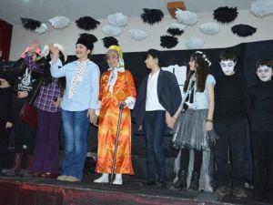 Öğrencilerin Tiyatro ve Drama Gösterisi İlgi Gördü