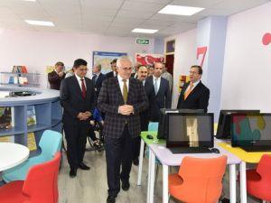 Acıpayam Osman Manisalı İlkokuluna Z-Kütüphane Açıldı