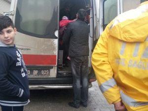 Cizrede Vatandaşlar Çatışmalardan Ambulanslarla Kaçmaya Çalışıyor