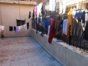 Cizrede 20 Nüfuslu 3 Aile 5 Gündür Camide Kalıyor