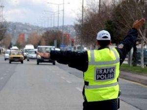 Polis Aralık Ayında 457 Araca 63 Bin 866 Lira Para Cezası Uygulandı