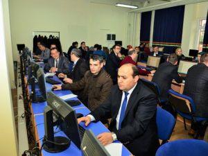 Kırşehirde Kamu Personeline Bilgisayar Eğitimi Veriliyor