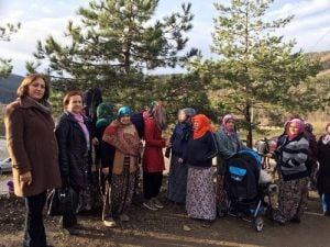 CHP Teşkilatı Mağdur Köylülere Destek Oldu