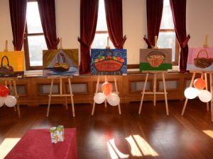 Tarihi Belediye Binasında Görsel Sanatlar Sergisi Açıldı