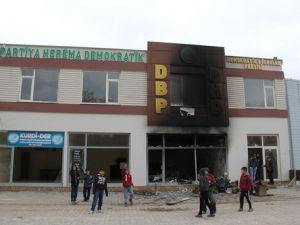 Çınarda DBP Binası Yakıldı