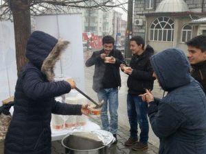 Çankırı Belediyesinden Final Sınavları Haftasında Öğrencilere Sıcak Çorba