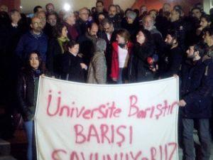 Kocaeli Üniversitesindeki Akademisyenler Serbest Bırakıldı