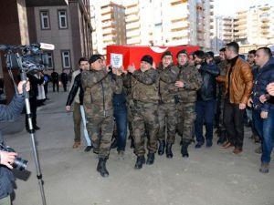 Diyarbakırda Şehit Polis Memuru İçin Tören Düzenlendi