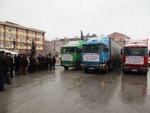 Bayır Bucak Türkmenlerine 3 Tır Yardım