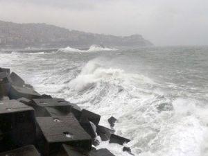 Karadenizde Dev Dalgalar