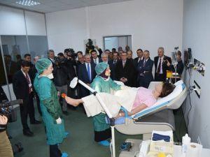 İyi Hekimlik Uygulamaları ve Simülasyon Merkezinde Uygulamalı Eğitim İmkanı