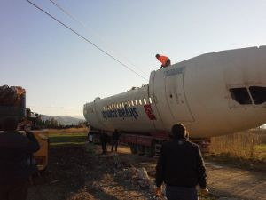 Kocaseyit Havaalanı Karşısında Uçak Restoranı Hayalimdi, Gerçek Oldu