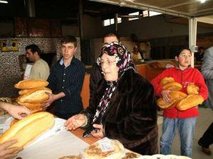 Buğday Fiyatı Yerinde Sayarken Ekmeğe Zam Yapılması Yanlış Olur