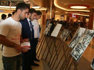 Azeri Öğrencilerden 20 Ocak Katliamına Anma
