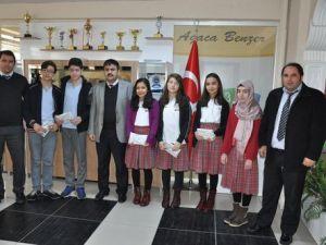 Özel Sakarya Ortaokulu, Teogda Başarı Elde Eden Öğrencilerini Öodüllendirdi