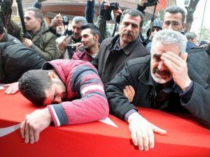 Şehit Uzman Çavuş Ali Şahin Memleketi Manisada Defnedildi