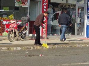 Iğdır Belediyesinden Tazyikli Suyla Temizlik