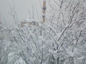 Kocaeli Beyaza Büründü, Kar Yağışı Aralıklarla Devam Ediyor