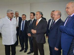 Vali Büyük, Kozanda Yenilenen Bal Üretim Tesisini Açtı