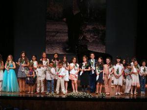 İzmirin Müzikte Yetenekli Çocukları Aranıyor