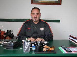 Banvit Başantrenörü Ernak: Kazanmaktan Başka Sansımız Yok