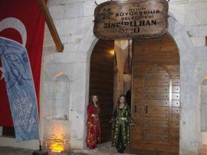Aydındaki Tarihî Zincirli Han Restore Edilerek Hizmete Açıldı