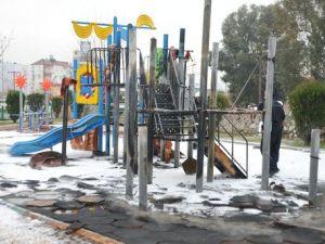 Aydında Çocuk Oyun Parkı Yandı