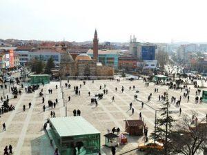 Cacabey Meydanında Toplantı ve Gösteri Yürüyüşü Yapılamayacak