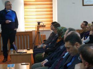 Prof. Dr. Yavaş, Erzurumda CERNi Anlattı