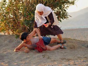 Seyirciden İftarlık Gazoz ve Cem Yılmaza Övgü