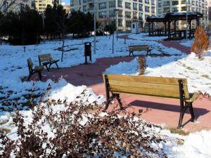 Çankayadaki 80 Parkta Eskimiş Tüm Banklar Değiştiriliyor