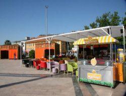 Bandırma Cumhuriyet Meydanı'nda Ahşap Stantlar Kuruldu - Balıkesir