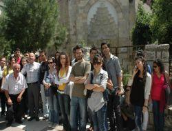 CBÜ'lü Öğrencilerden Türbe Ziyareti - Manisa