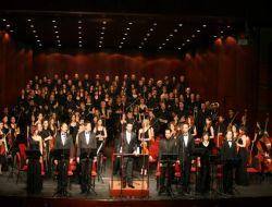 Senfoni Orkestrası İle İstanbul Avrupa Korosu Konser Verdi - Eskişehir