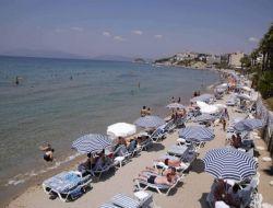 Kuşadası Plajlarında Renkli Görüntüler - Aydın