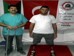 Çapa Ortopedi'den Filistinli Muhammed'e Protez Bacak - Eskişehir