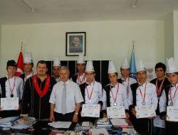 Myo aşçılık programı öğrencileri madalyaları topladı